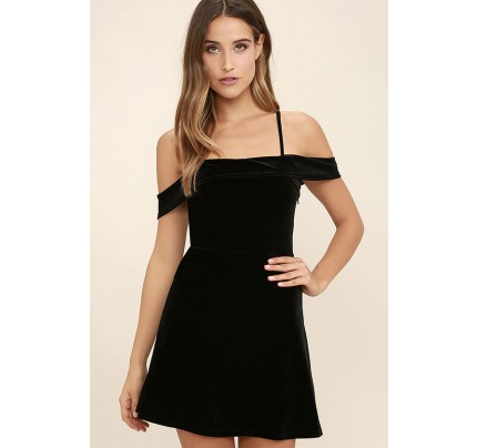 My Kind of Romance Black Velvet Off-the-Shoulder Dress